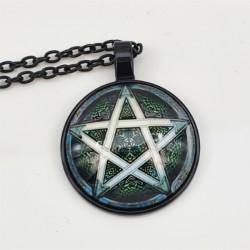 Kette mit Anhänger Pentagramm